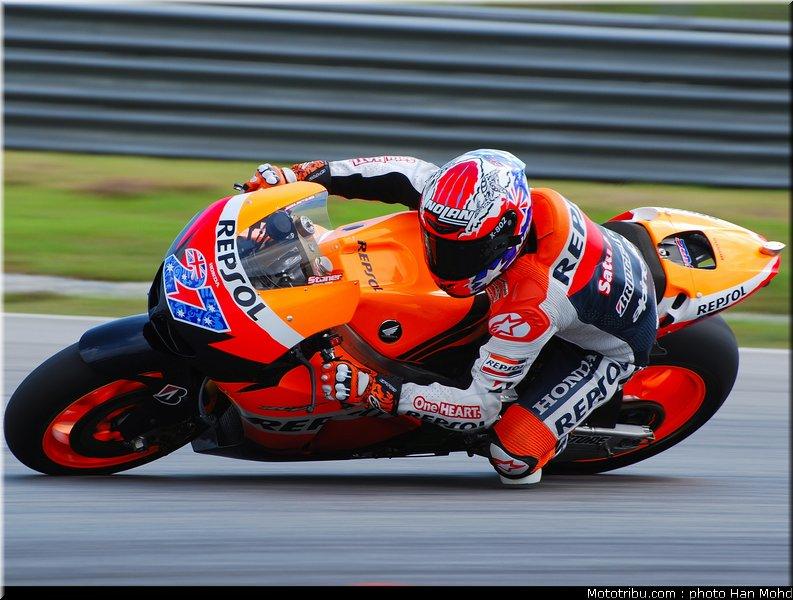 MOTO GP les photos - Page 6 Motogp_test_malaisie_2011_stoner_02