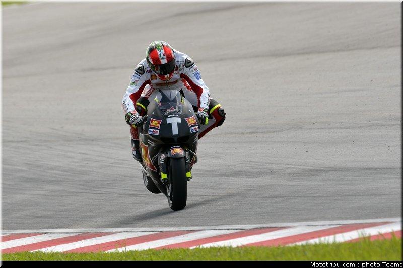 MOTO GP les photos - Page 6 Motogp_test_malaisie_2011_simoncelli_41