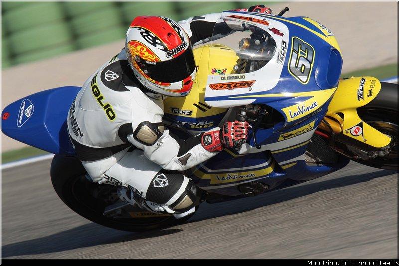 MOTO GP les photos - Page 5 Moto2_dimeglio_16_test_valence_2010
