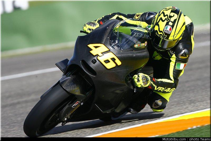MOTO GP les photos - Page 5 Motogp_rossi_003_test_valence_2010