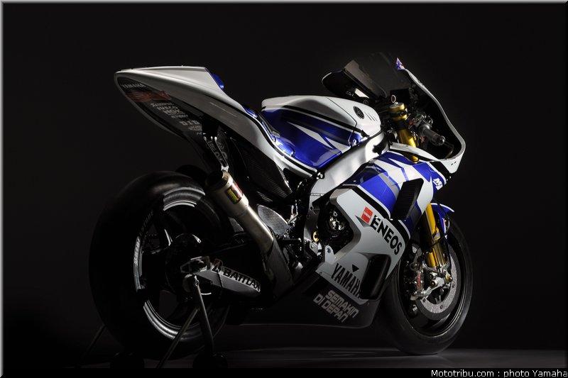 MOTO GP les photos - Page 8 Yzr_m1_01_motogp_2012_team_yamaha