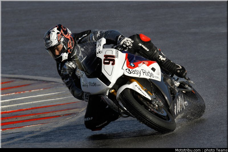 SUPERBIKE les photos - Page 4 Sbk_2011_tests_haslam_12