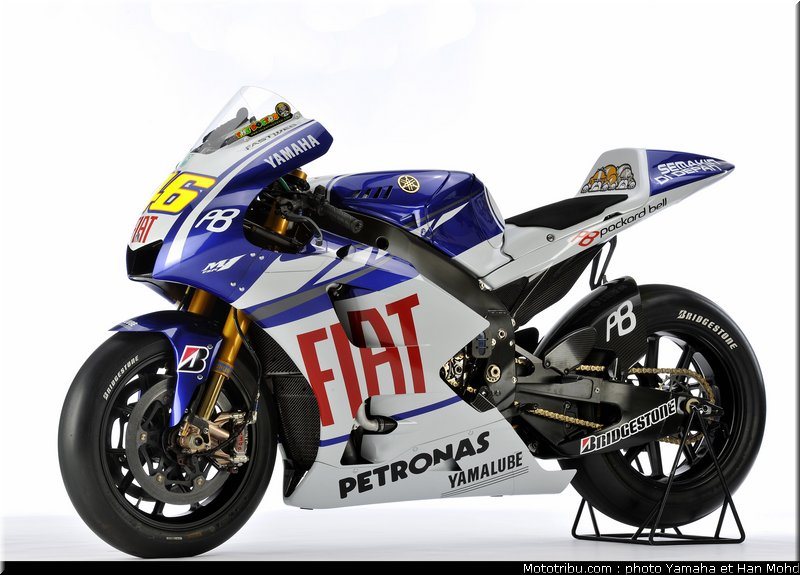 MOTO GP les photos - Page 2 Yamaha_m1_2010_002