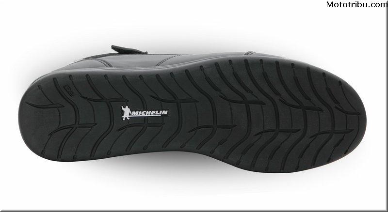 VQuattro, baskets ST4, semelles technologie Michelin %C3%A9quipement_-_vquattro_baskets_st4_semelles_technologie_michelin_3