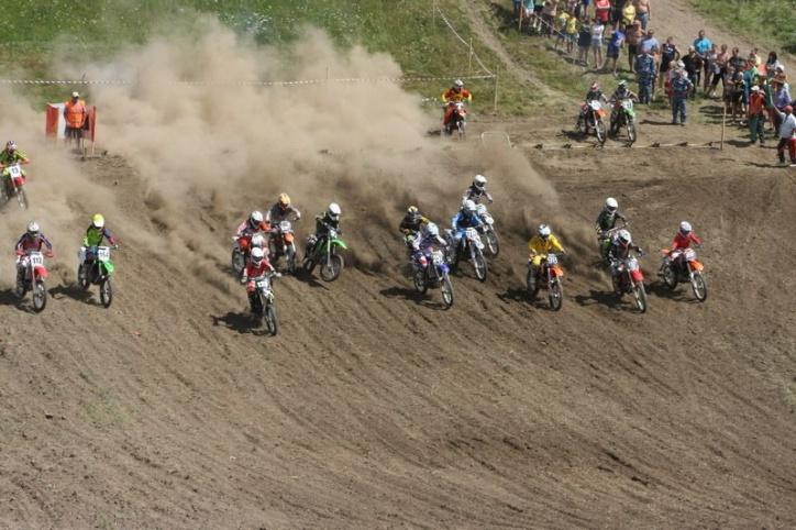 В Рязанской области прошли соревнования по мотокроссу 13e701bad48011c1ad4bd9134c0092d8