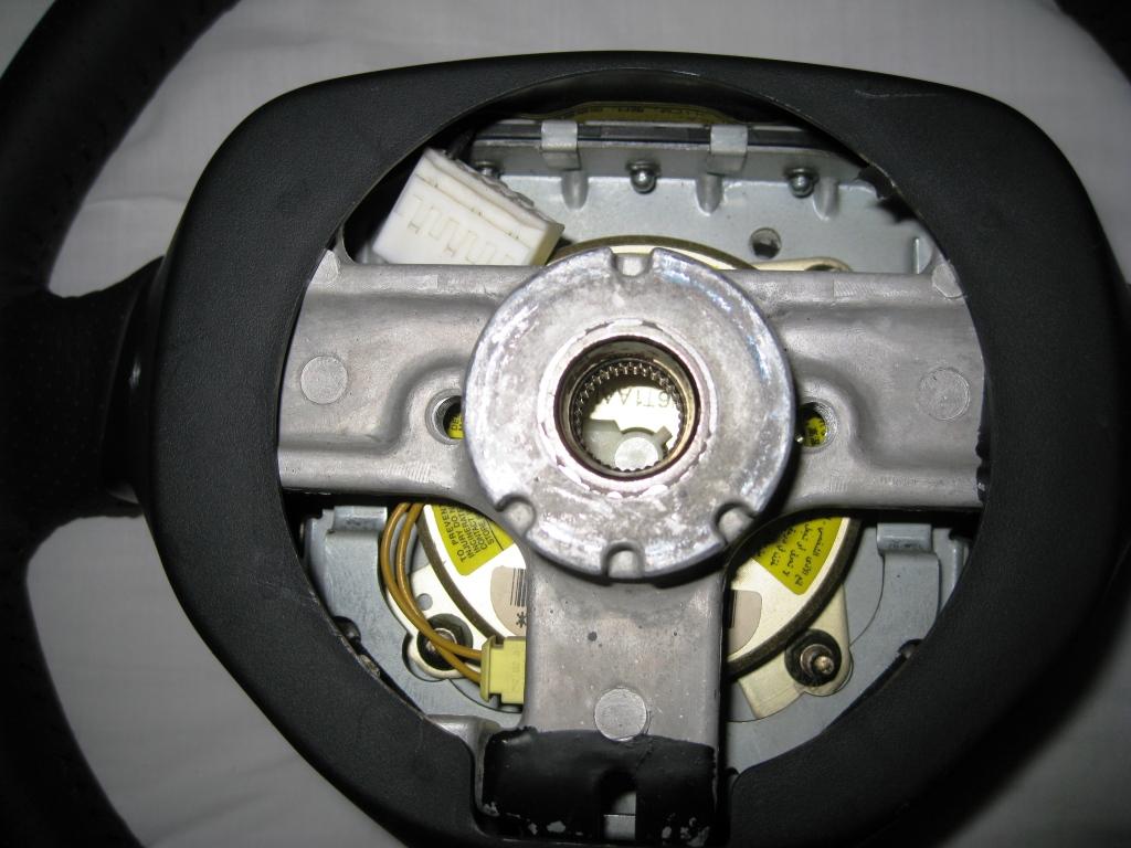 FS: TRD Steering wheel - MK2 IMG_1342