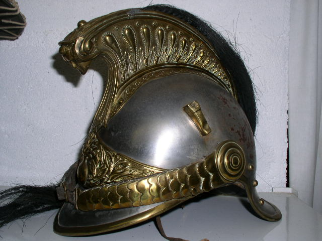Evolution du casque de pompier FR 1812-2015 10-cav2