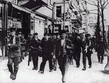 Alemania 1918-19. Revolución proletaria, reforma y contrarrevolución capitalistas (I) Clara_zetkin_05