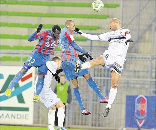 [28e journée de L2] SM Caen 1-0 FC Istres - Page 6 P0D2313446G_px_512_