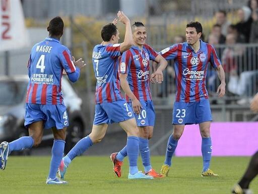 [34e journée de L2] SM Caen 2-2 Dijon FCO - Page 2 P1D2329871G_px_512_