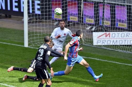 [34e journée de L2] SM Caen 2-2 Dijon FCO - Page 5 P1D2330738G_px_512_