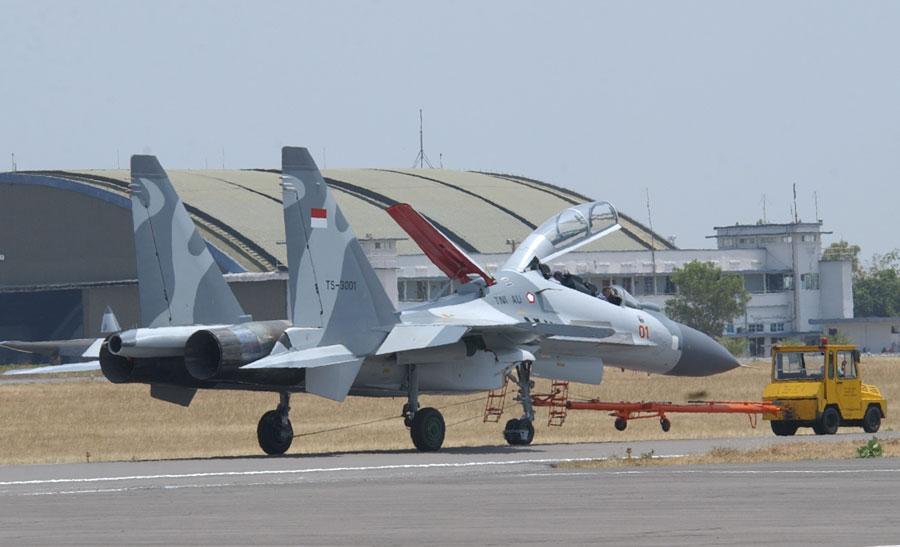 صقر السماء سو-30 - صفحة 3 Su-30_indonesia