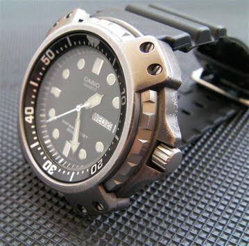 Casio MD-703-1AV Diver Casio-MD-703-1AV-Watch-Review-Mens-wristwatch