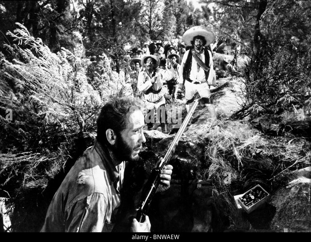 Lecture pour tous - Page 2 Humphrey-bogart-the-treasure-of-the-sierra-madre-1948-bnwaew