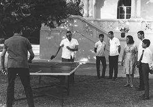 الرئيس جمال عبد الناصر، أرشيف الصور 3-1