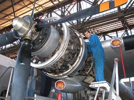 Noratlas n° 105 - toujours en service au 10 avril 2011 IMG_1431r
