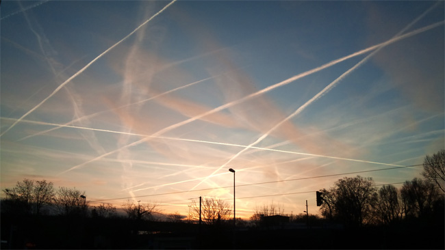NEIL the ConMan KEENAN UPDATE - Royal Flush – They Are All Going Down Chemtrails-geoengineering-9