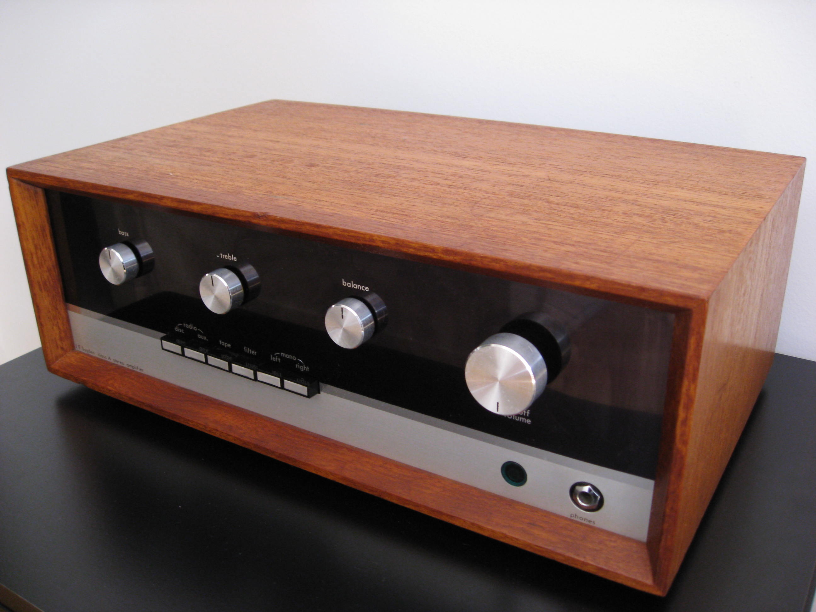 ¿Cual es vuestro amplificador vintage favorito? - Página 2 Sugden-a21-original-amplifier-6