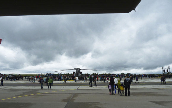 Der Flugtag Niederstetten 2011 ein voller Erfolg! P10404294