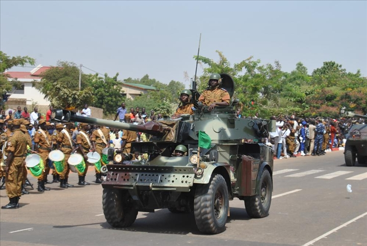 Armée nationale Burkinabé / Military of Burkina Faso - Page 2 DSC_0622