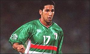 اجمل الصور للاعبين الجزائريين شوف ورجع الخبر ... _38276257_raho300