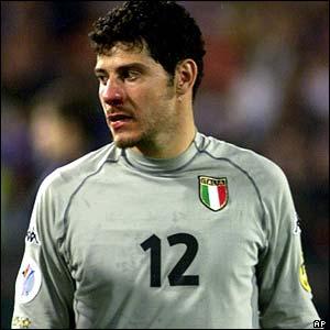 [ Torino FC ] _39304825_2000toldo_ap