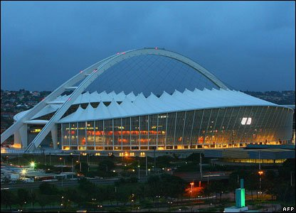 Photos of the 2010 World Cup stadiums _46840716_moses_mabhida_stad2_afp_416