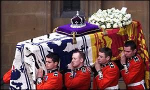 Funerales de la Realeza - Página 2 _1919262_020409madre2