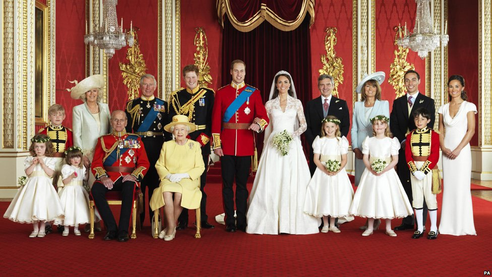 The Royal Family - Page 6 _52432734_wedding-group-pa