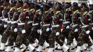 Armée Angolaise/Angolan Armed Forces _55374904_103392038