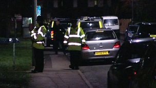 Man on fake firearm charge after Penwortham siege _57312880_57312879
