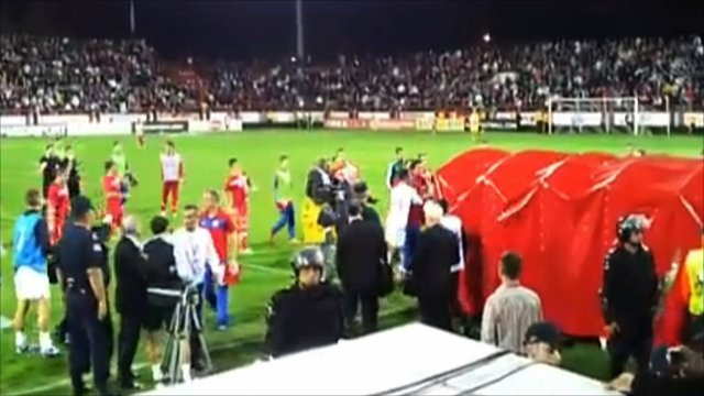 Steven Caulker and Thomas Ince banned after Serbia fracas _63541717_mmftbenglandserbiau21youtube