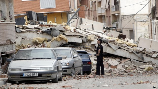 Lorca earthquake 'caused by groundwater extraction' _63628304_63628303