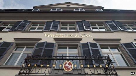 Swiss Bank Wegelin to Close after US Tax Evasion Fine  _65072368_wegelin