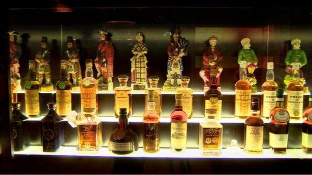 Bon Mercredi _65159299_whisky_scottish_display