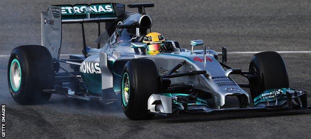F1 Car Revealings _72571960_lh1
