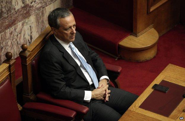 Greek Politics: _73981254_021761744-1