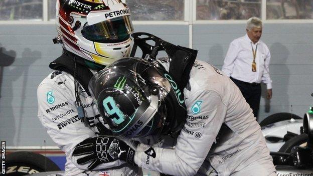 [F1] Mercedes Grand Prix - Page 22 _74073169_74073168