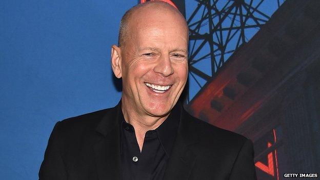 Bruce Willis - Página 4 _81416412_brucewillis-getty