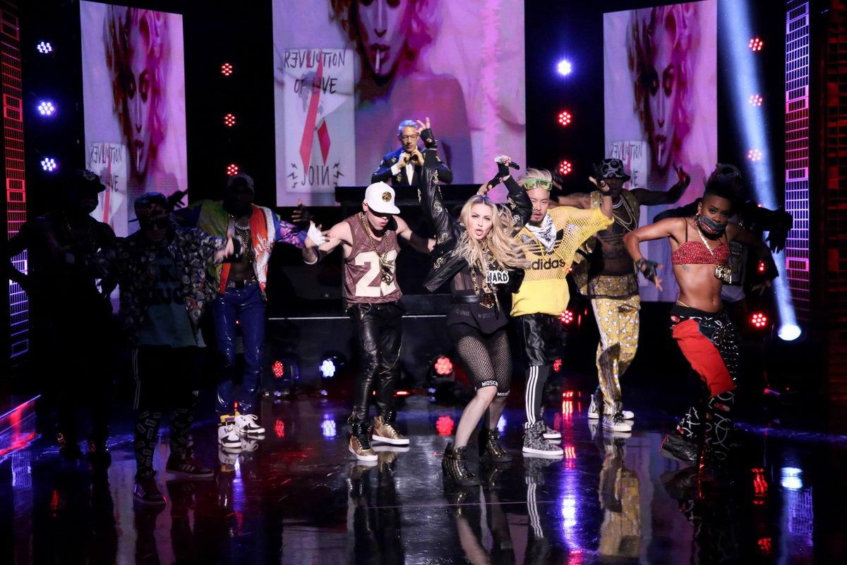 "Madonna >> álbum ""Rebel Heart"" [III] - Página 14 The-tonight-show_014"