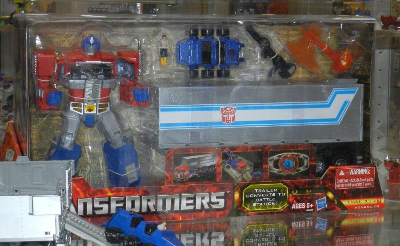 [Masterpiece] MP-10 Optimus Prime/Optimus Primus - TakaraTomy | Hasbro - Page 3 Masterpiece-Optimus-Prime_1343066500