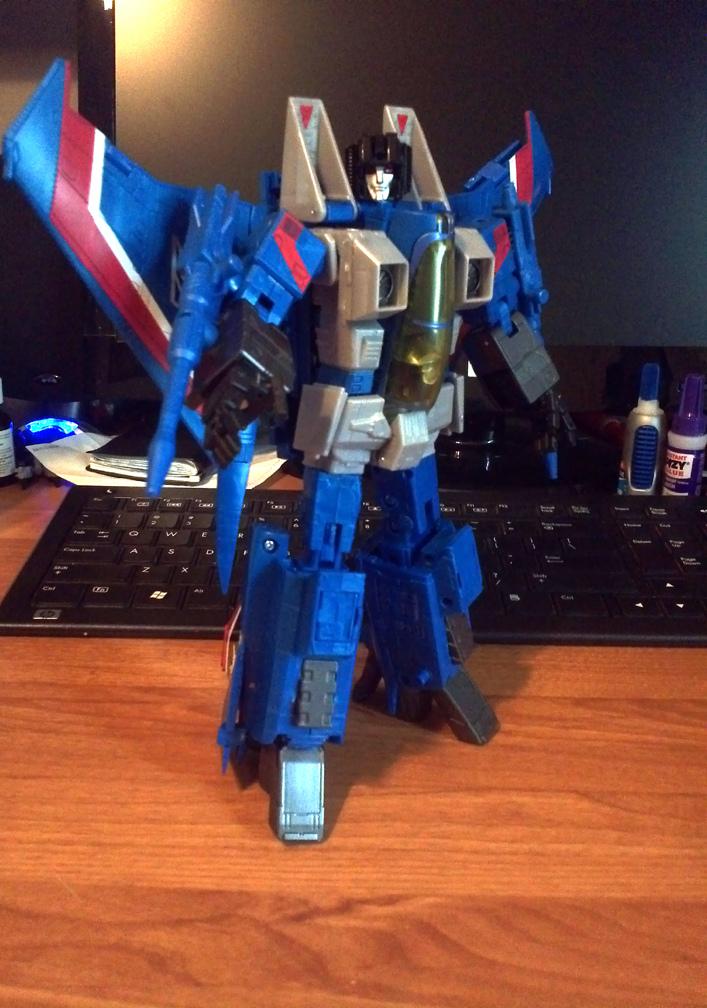 [Masterpiece] MP-11T Thundercracker/Coup de tonnerre (Takara Tomy et Hasbro) 7853515960_a76633bd18_b_1345852093