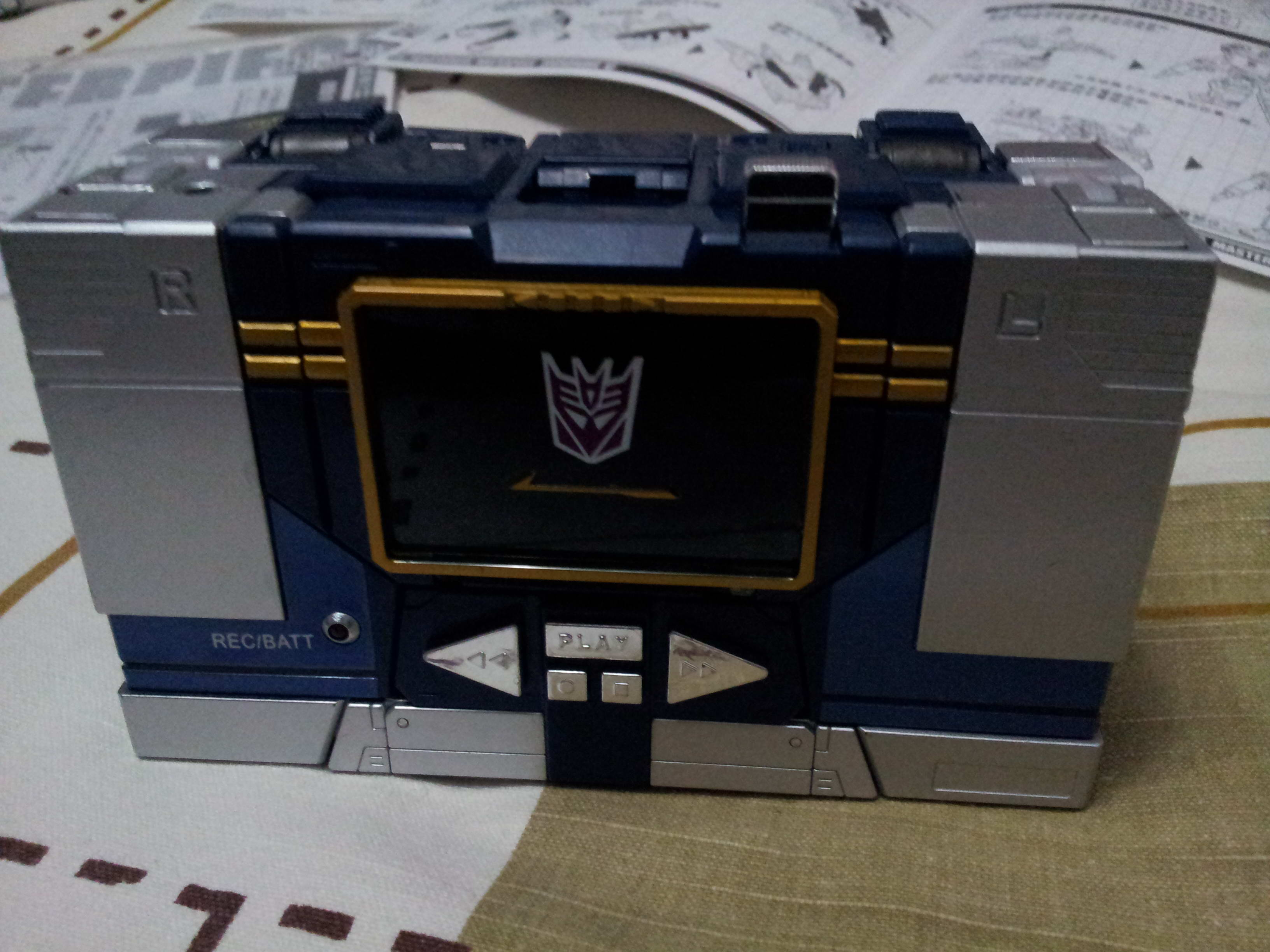 [Masterpiece] MP-13 Soundwave/Radar Mp139_1358787660