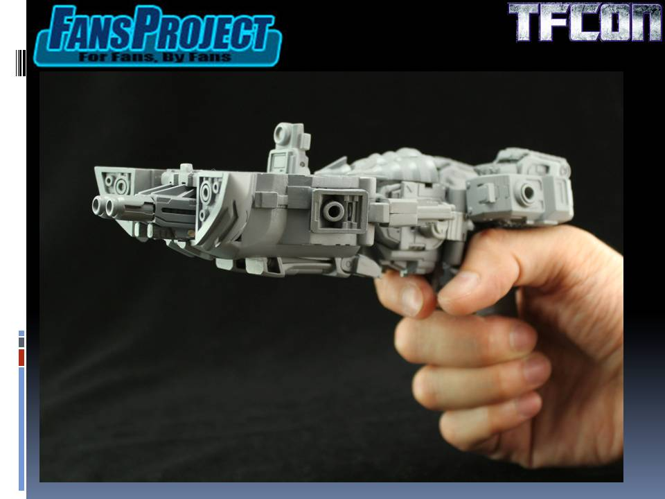 [Fansproject] Produit Tiers TF - Page 13 TFCon-3rd-Party-Panel-184_1374955824