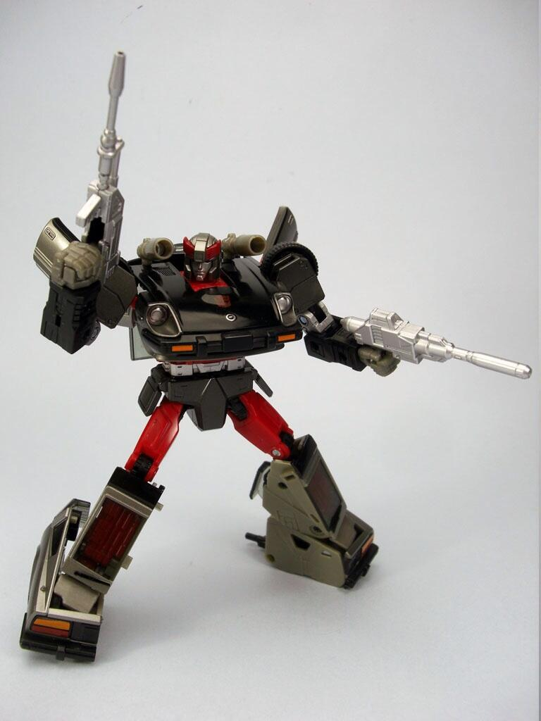 [Masterpiece] MP-18 Bluestreak/Jaseur MP18_TFW_1382119625