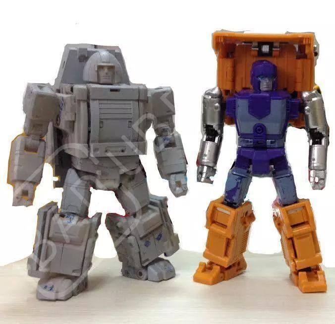 [BadCube] Produit Tiers - Minibots MP - Gamme OTS IMG_258694247183527_1406543778