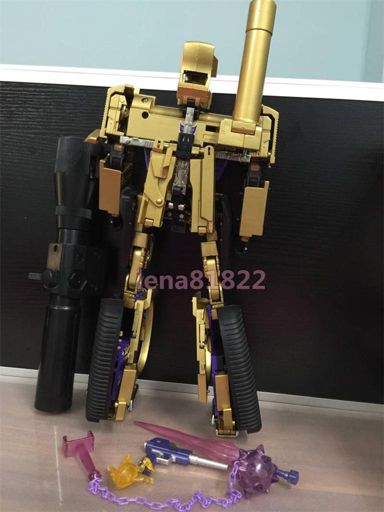 Masterpiece MP-1/MP-4 Optimus, MP-2 Ultra Magnus/Ultramag, MP-3 Starscream/Égo, MP-5 Mégatron, MP-6 Skywarp/Fraudeur, MP-7 Thundercracker/Coup de Tonnerre, MP-8 Grimlock/La Menace, MP-9 Rodimus - Page 15 795608824_o_1414887860