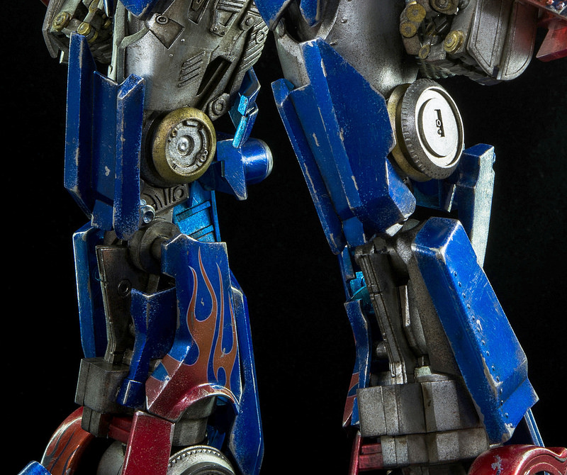 Figurines des Films Transformers ― Par Threezero (3A ThreeA), Comicave Studios, etc 3A-Dark-of-the-Moon-Optimus-Prime-008
