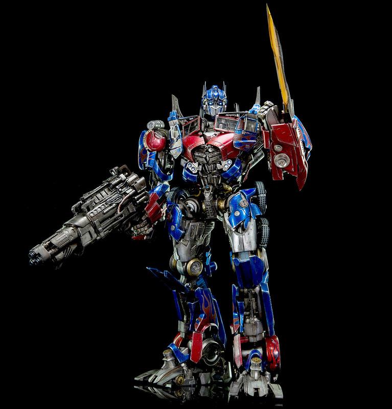 Figurines des Films Transformers ― Par Threezero (3A ThreeA), Comicave Studios, etc 3A-Dark-of-the-Moon-Optimus-Prime-012