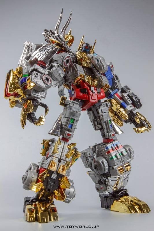 [Toyworld][Zeta Toys] Produit Tiers - Jouet TW-D aka Combiner Dinobots - Page 2 TWD-Dino-Combiner